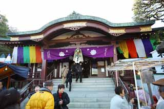 photo, la mati�re, libre, am�nage, d�crivez, photo de la r�serve,Kawasakidaishi Fudodou, La visite de nouvelle ann�e � un temple shinto�ste, Le pin de nouvelle ann�e et d�cors du bambou, d�cor� le feston de la paille sacr�, rideau de la goutte
