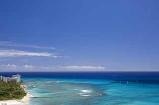 photo,material,free,landscape,picture,stock photo,Creative Commons,Waikiki blue, beach, sandy beach, blue sky, Sebathing