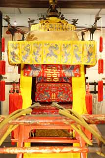 photo,material,free,landscape,picture,stock photo,Creative Commons,The sedan chair of the empress, , Chinese style, Authority, Chinese phoenix