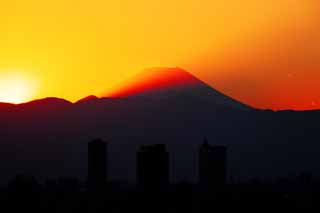 photo,material,free,landscape,picture,stock photo,Creative Commons,Mt. Fuji of the dusk, Mt. Fuji, building, light line, mountain